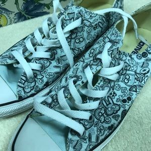 Patterned blue converse
